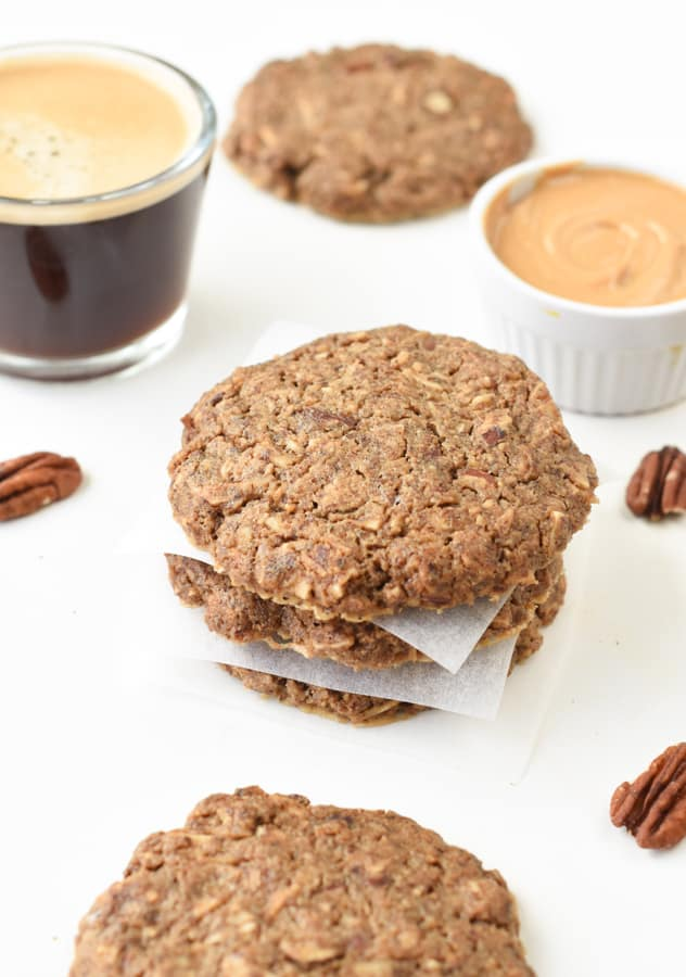 Keto Breakfast Cookies – Keto 'oatmeal' cookies